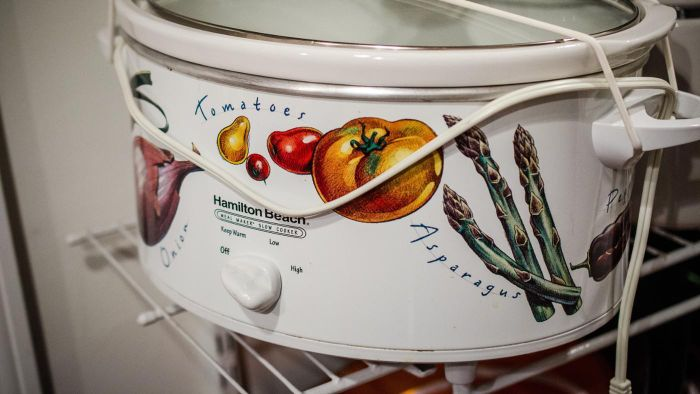 What Size Crockpot Fits a Family of Four?