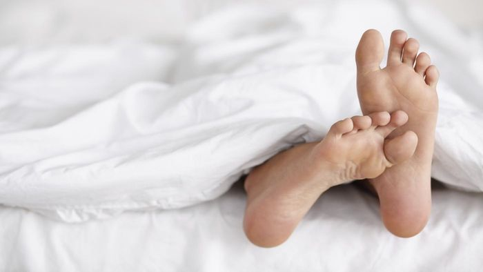 Why Do the Soles of My Feet Itch?