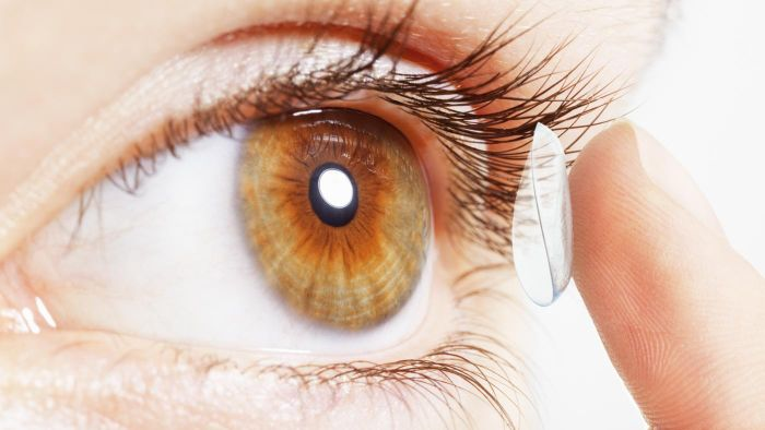 How Soon Can You Wear Contacts After Pink Eye?