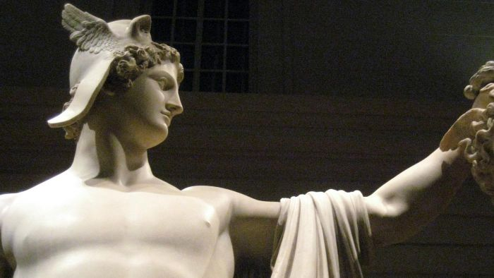 What Special Weapons Did Perseus Have?