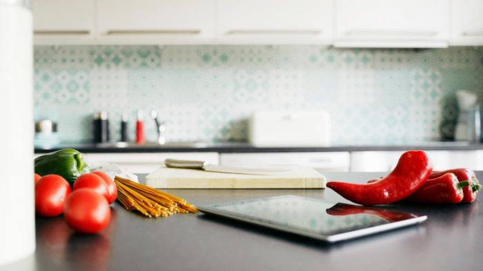 What Is the Standard Width of a Kitchen Countertop?