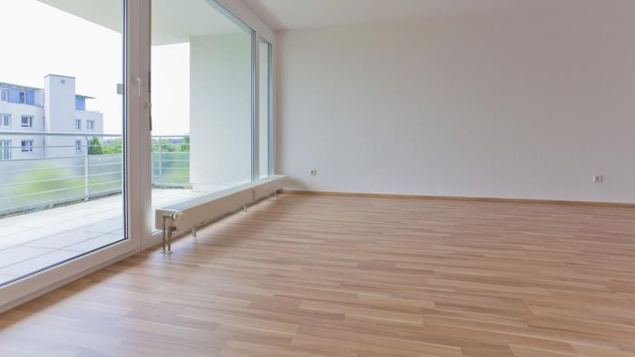 What Are the Steps in Laying Vinyl Flooring?