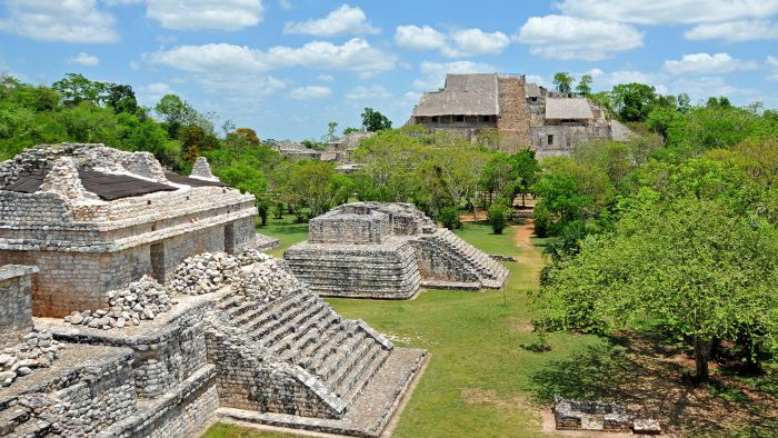What Was the Structure of the Mayan Government?