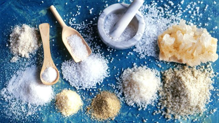 How Do You Substitute Onion Powder for Onion Salt?