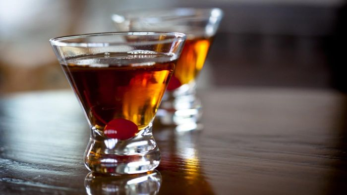 What is a substitute for sweet vermouth?