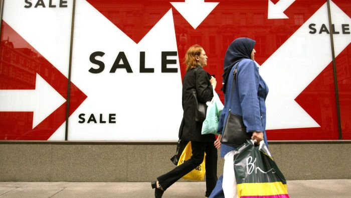 When Do the Summer Sales Start in London?