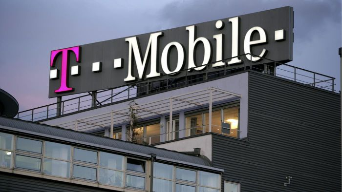 What Is a T-Mobile Payment Center?