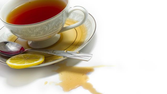 How do you get tea stains out of clothes?