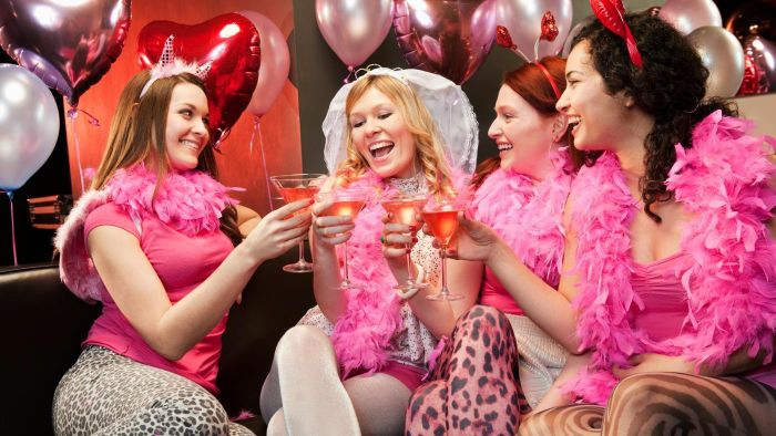 What Are Some Themes for a Bachelorette Party?