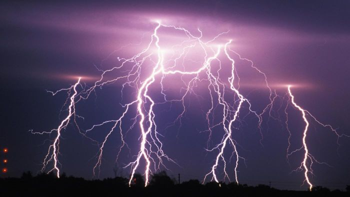 How Are Thunderstorms Made?