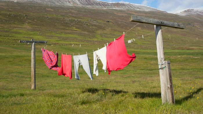 How Do You Tighten a Clothesline?