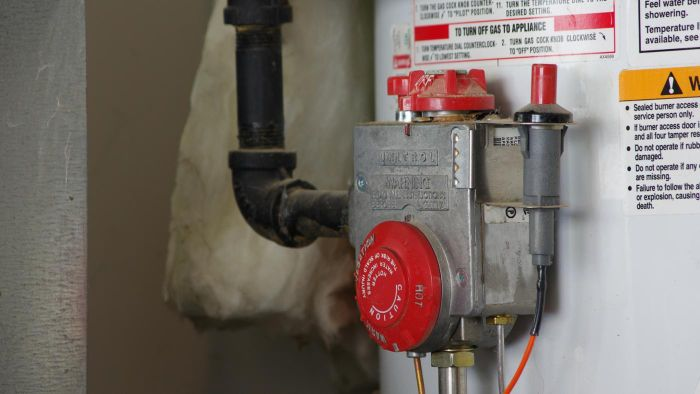 What Are Tips to Replace a Water Heater Safely?