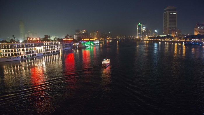 Which Towns and Cities Are Along the Nile River?
