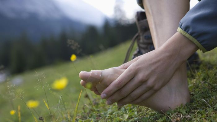How do you treat nerve damage in your foot?