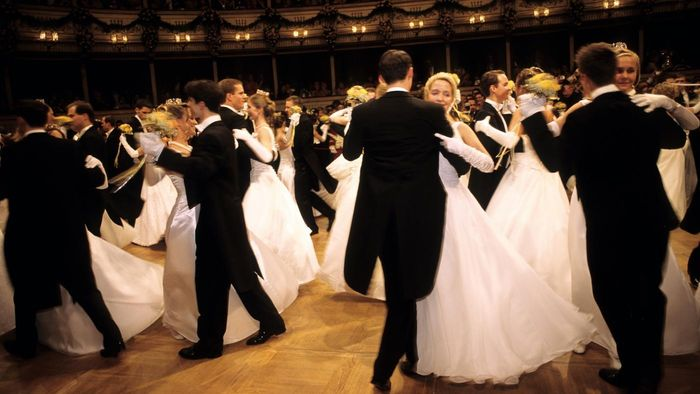 What Are Types of German Dance?