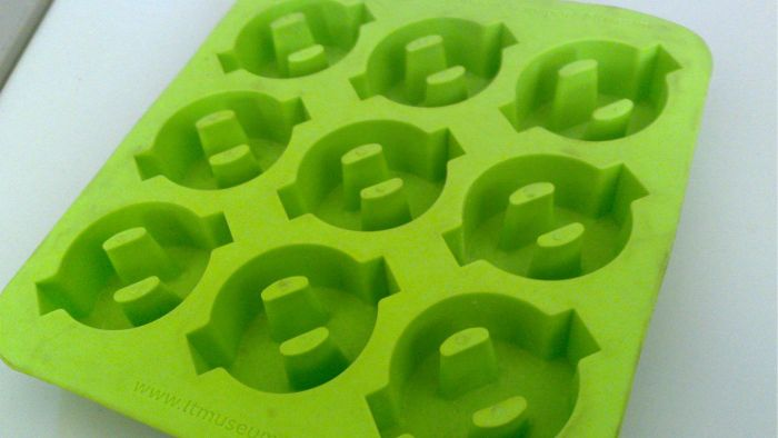 Does Walmart Sell Ice Cube Trays?