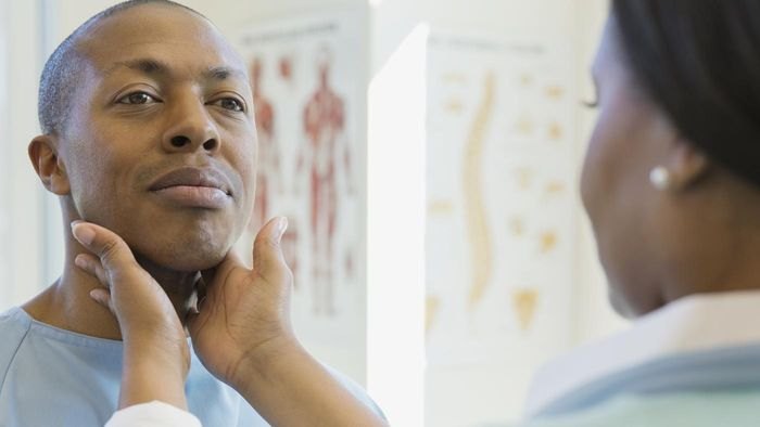 What Are the Warning Signs of Esophageal Cancer?