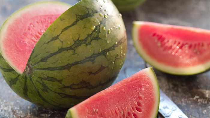 What Does a Watermelon Vine Look Like?
