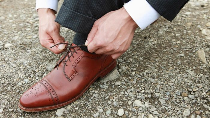 What Is the Best Way to Stretch Leather Shoes?