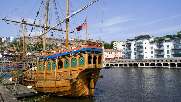 Who were John Cabot's crew members?