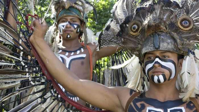 What Were the Physical Features of the Mayans?