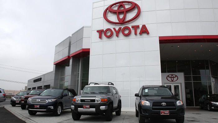 Were There Any Recalls for the Toyota RAV4 in 2014?