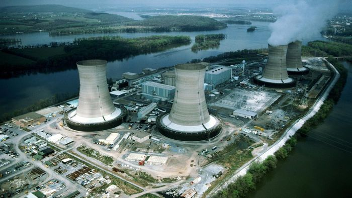What Are the Advantages of Using Nuclear Energy?