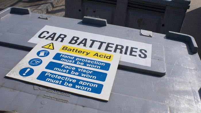 What Are the Symptoms of a Bad Car Battery?