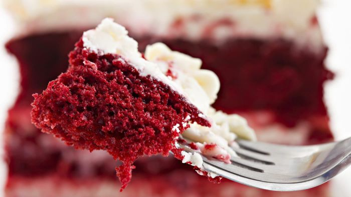Can I Turn Chocolate Cake Into Red Velvet