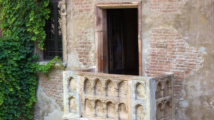 "Where Did the Story ""Romeo and Juliet"" Take Place?"