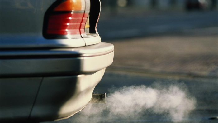 Why Does My Car Exhaust Smell Like Sulfur?