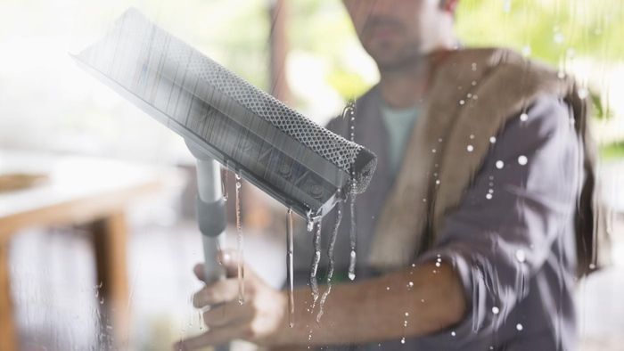 What are some window washing tips?