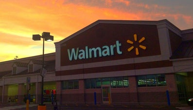 How Long Do You Have to Work at Wal-Mart Before You Can Transfer?