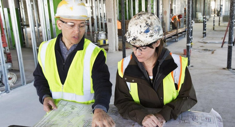 How Much Money Does a Construction Engineer Make?