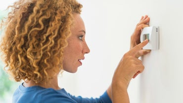 How Does an AC Thermostat Work?
