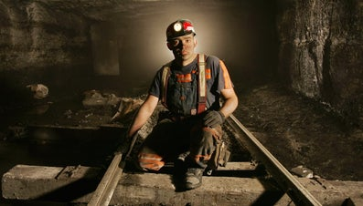 What Are the Advantages and Disadvantages of Mining?