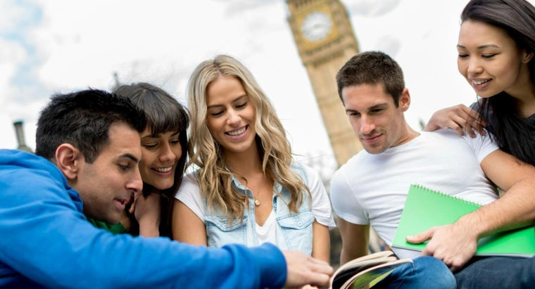 What Are the Advantages and Disadvantages of Studying Abroad?