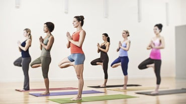 What Are the Advantages and Disadvantages of Yoga?