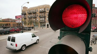 What Are the Advantages of Traffic Lights?