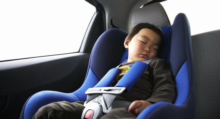 What Age Can A Child Sit Safely In The Front Seat