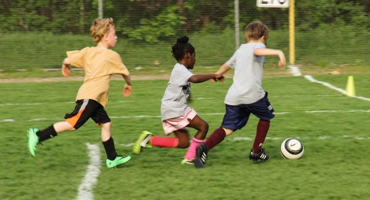 What Age Range Can Apply to the American Youth Soccer Organization?