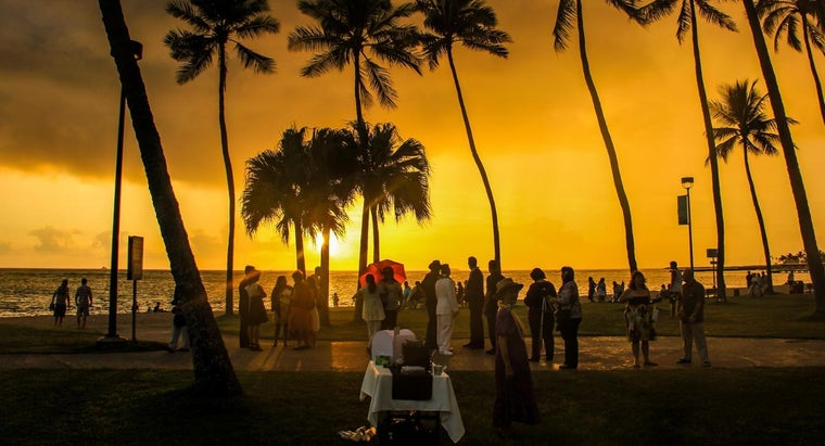 How Do You Apply for a Hawaii Marriage License?