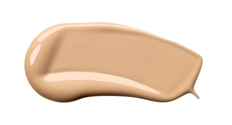 How Do You Apply Liquid Foundation?