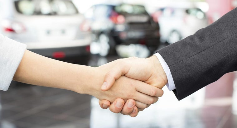 What Is the Average Commission Rate for Auto Sales?