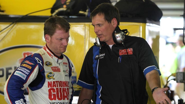 What Is The Average Salary Of A Nascar Crew Chief Reference Com