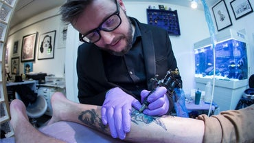 What Is the Average Salary for a Tattoo Artist?