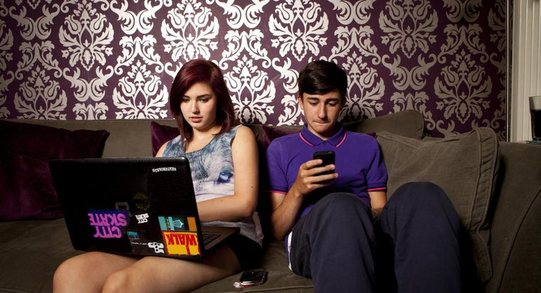 How Much Time Do American Teenagers Spend on Computers Each Day?
