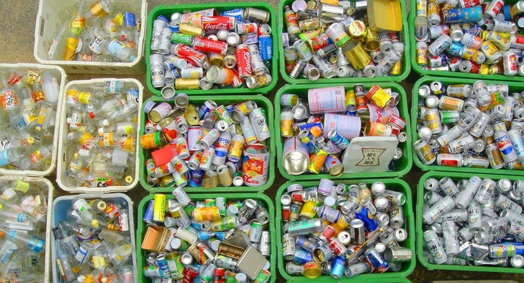 How Do You Begin Recycling to Reduce Garbage Pick-up Volume?