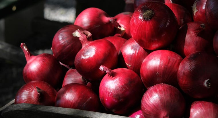 What Are Some of the Benefits of Red Onions?