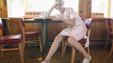 Best Type Of Shoes For Waitresses